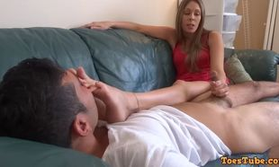 Nikki brooks sole stinking hand-job