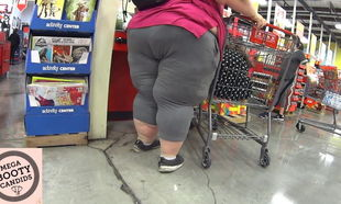 DAY 2 Hefty MEGA Phat ass white girl..