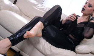 Nicole 24 Dark-hued Drills Footjob