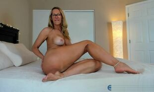 Double-dealing Milf Camgirl Jess Ryan..