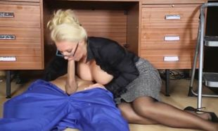 Office Mummy drains off her handyman's..