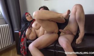 Damsel obese mega-bitch with giant..